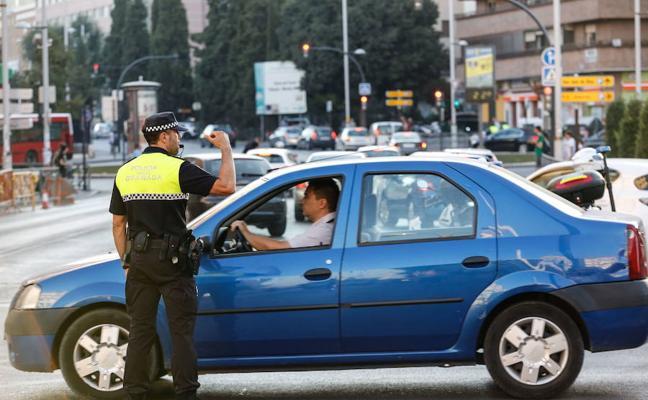 Aviso: la ITV y todos los puntos de tu coche que controlará la Policía Local de Granada