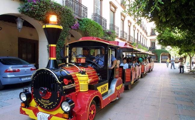 El tren turístico deja las calles de Almería hasta finales de marzo