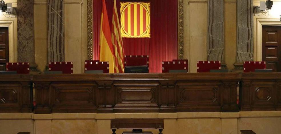 La falta de acuerdo de los 'comuns' con los dos bloques acerca la Presidencia del Parlament al soberanismo