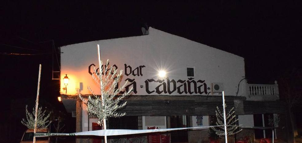 El dueño del bar de Venta Nueva recibió seis navajazos además de una paliza
