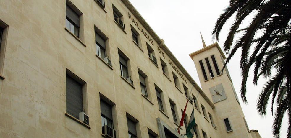 Absuelven a un trabajador acusado apropiarse de 107.695 euros de un concesionario de coches