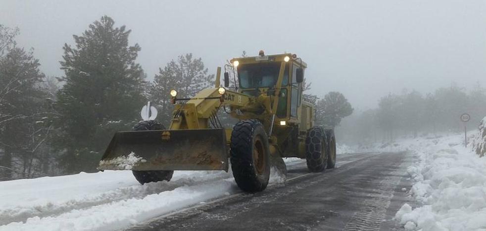Almería ya está preparada para luchar contra la nieve