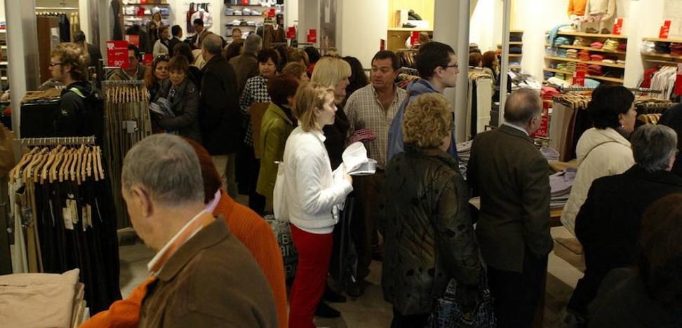 Los almerienses lideran el gasto en rebajas con más de 110 euros por cabeza