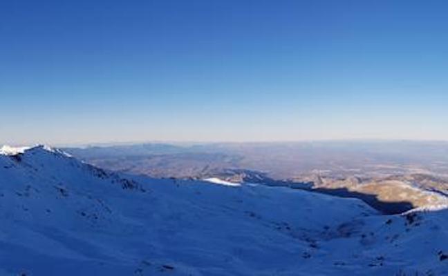 La imponente y bella imagen de África tomada desde Sierra Nevada