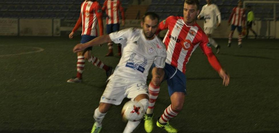 El Torredonjimeno remonta en Vélez