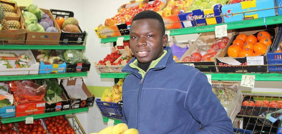 Ibrahim llegó en patera y ahora es empresario en Armilla