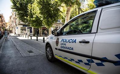 Detenido al conducir sin carné un hombre de 34 años sobre el que pesaba una orden judicial