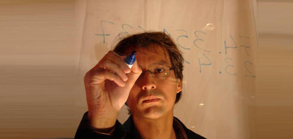 El recórd guinness en cálculo mental Alberto Coto llega a Almería