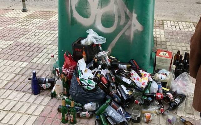 Quejas por basura acumulada durante veinte días en contenedores de la capital