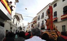 San Sebastián llega a Lubrín con un pan bajo el brazo
