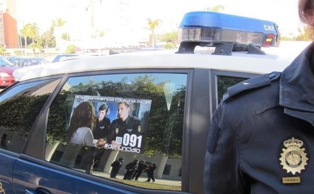 Deja inconsciente a su expareja de un golpe en la cabeza en Granada tras quebrantar su orden de alejamiento