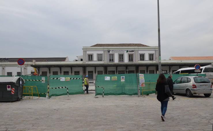 Así está el entorno de la estación de Andaluces a la espera del AVE
