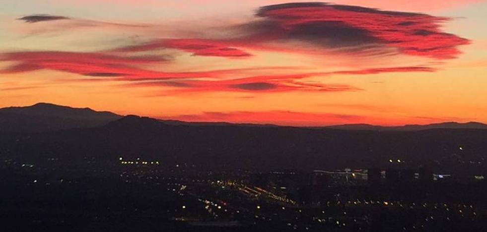 Crepúsculo rojo desde el Serrallo