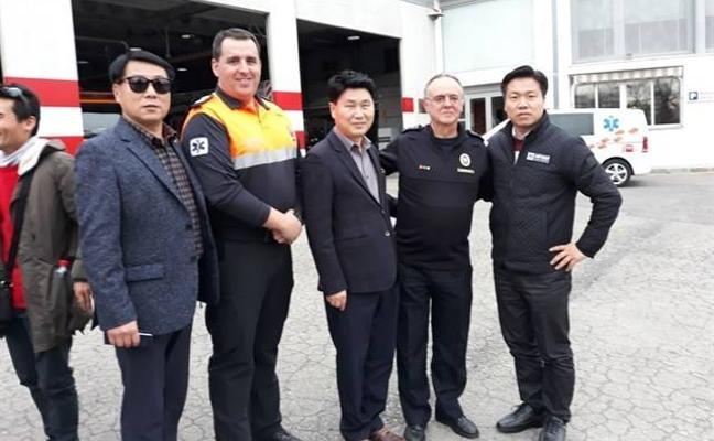 Corea del Sur se interesa por el protocolo de actuación de los bomberos de Granada