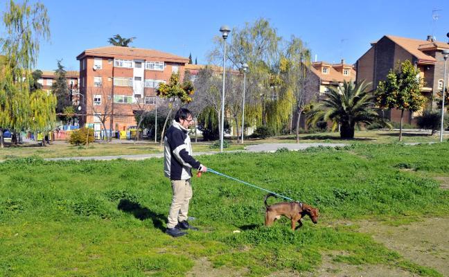 Linares contará con un parque canino en la barriada de la Estación de Almería