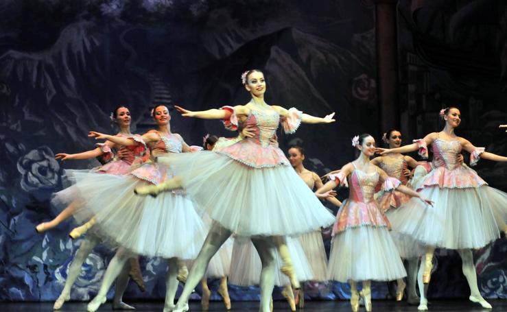 Linares disfruta de 'El Cascanueces'