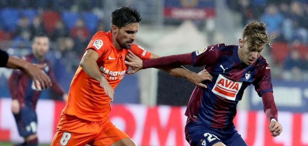 Eibar y Málaga empatan en un partido loco