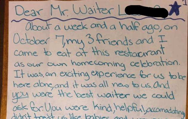 La emotiva nota de unos adolescentes al camarero de un restaurante al que dejaron poca propina