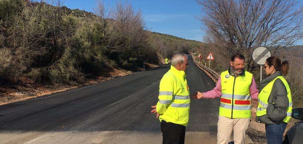 Fomento ejecuta un plan para mejorar la seguridad en una decena de carreteras