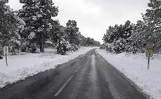 Cortadas por la nieve siete carreteras en la provincia de Almería