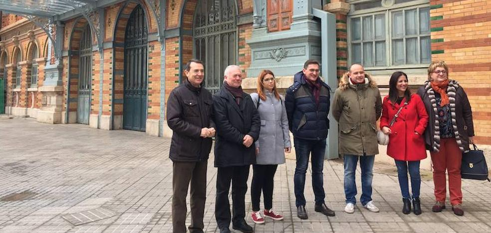 """El PSOE exige a Fomento que el AVE a Almería sea """"igual que el del resto de España"""""""