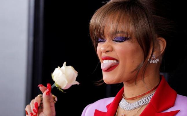 Rosas blancas en los Grammy contra el acoso y la desigualdad