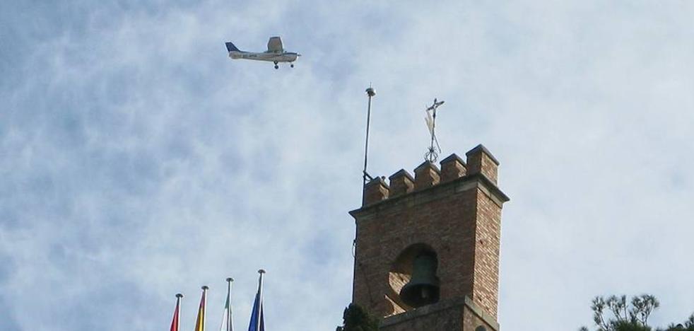 La Alhambra denuncia vuelos 'a ras' del monumento