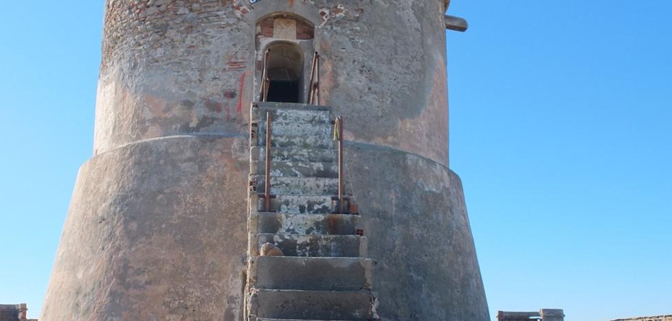 Reciben 120 propuestas para poner en valor el torreón de Cabo de Gata