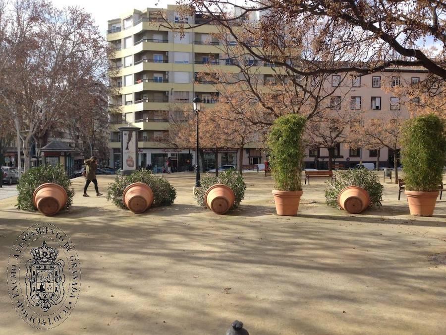 Retiran 23 maceteros ilegales de plaza de Toros de Granada