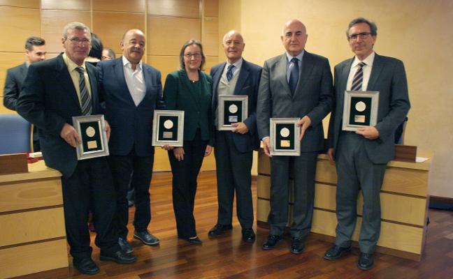 La Facultad de Ciencias Sociales reconoce a sus decanos en el 25 aniversario de la UJA