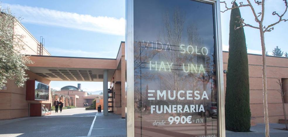 Una empleada 'fantasma' de Emucesa devuelve los 16.000 euros que cobró