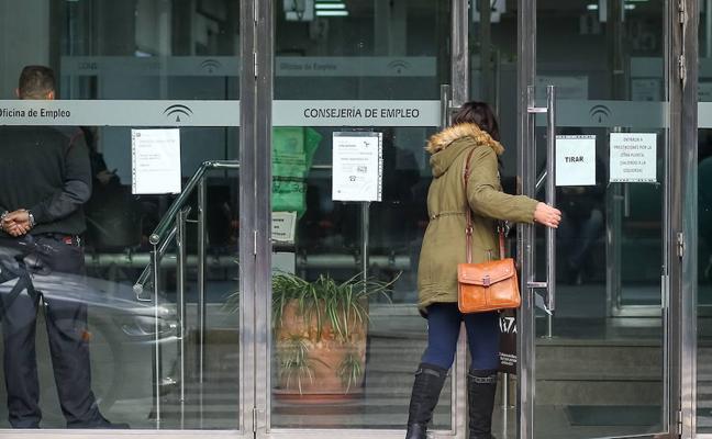 El paro subió en 31 personas en enero en Almería
