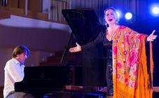 El feliz encuentro de la voz de Marina y el piano de Dorantes