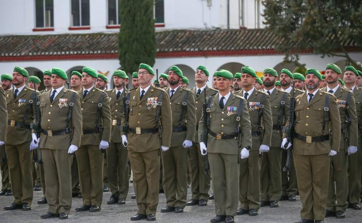 Las imágenes de la conmemoración de los treinta años de presencia militar en Granada