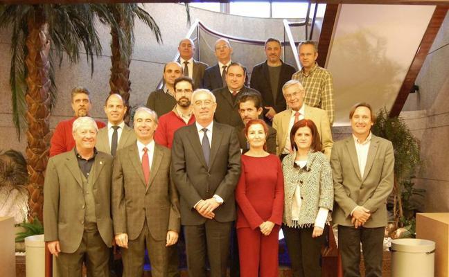 El Grupo Cajamar ayuda a las empresas de Almería a mejorar sus sistemas de ciberseguridad