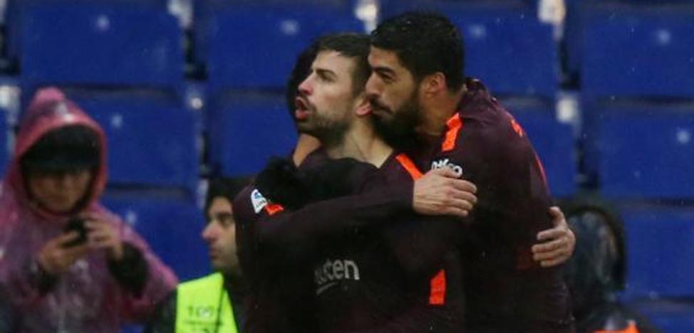 El interminable derbi de Piqué: acabó lesionado