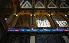 El Ibex se deja arrastrar por el batacazo de Wall Street al perder un 2,5%