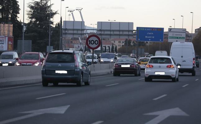 """Limitar la velocidad a 90 kilómetros por hora en la Circunvalación de Granada """"arreglará poco la contaminación"""""""