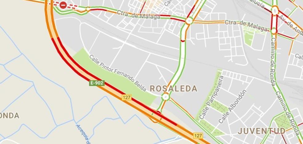 Una colisión en la Circunvalación de Granada genera varios kilómetros de retenciones
