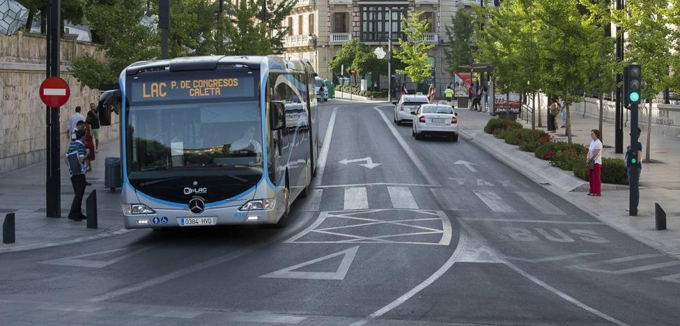 Competencia es partidaria de que Uber y Cabify utilicen en Granada el carril bus como los taxis