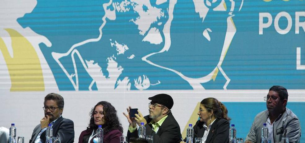 Las FARC suspenden su campaña política por «falta de garantías»