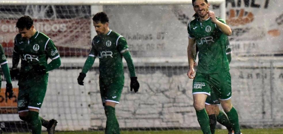 El Atlético Mancha Real no quiere que se congele su racha ante el Torremolinos