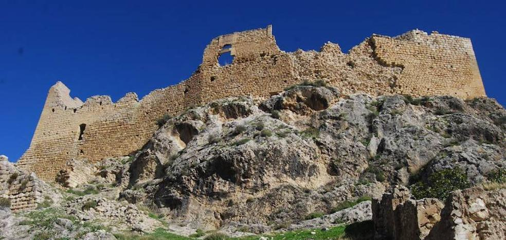 Descubren una decena de nuevas cavidades en Bedmar que podrían albergar restos paleolíticos
