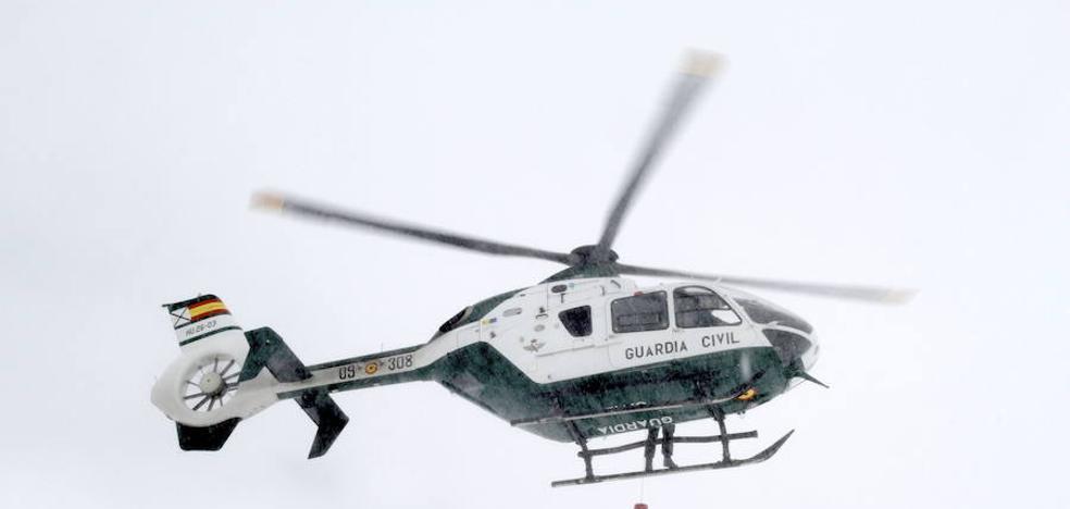 Rescatado en helicóptero un esquiador tras sufrir un accidente en Sierra Nevada