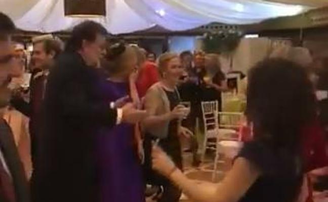 Rajoy arrasa bailando 'Mi Gran Noche'
