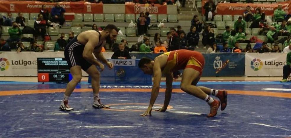 Los luchadores del Maracena logran cuatro medallas en el Campeonato de España