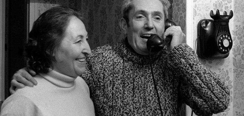 Josefina y sus 'hilos invisibles' dicen adiós