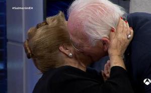 El tierno beso de Julita Salmerón en 'El Hormiguero'