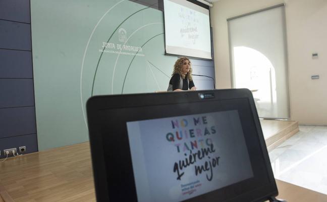 Una campaña forma en Granada a los adolescentes contra las relaciones tóxicas y los mitos del amor romántico