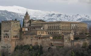 """El consejero de Cultura recuerda que la reforma de los estatutos de la Alhambra fue anunciada """"cuatro veces"""""""